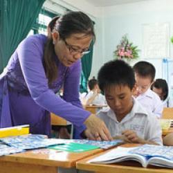 Bài thơ Xin Đổi Kiếp Này - Cảm phục nền giáo dục của Việt Nam - cám ơn các thầy cô đã dạy dỗ